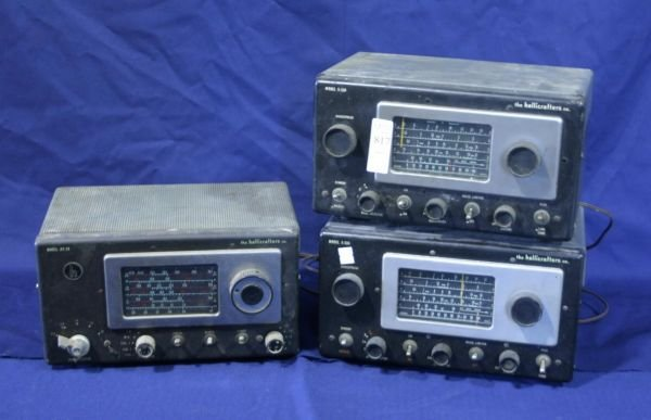 817: Lot of 3 Hallicrafters metal table radios; S-53A,