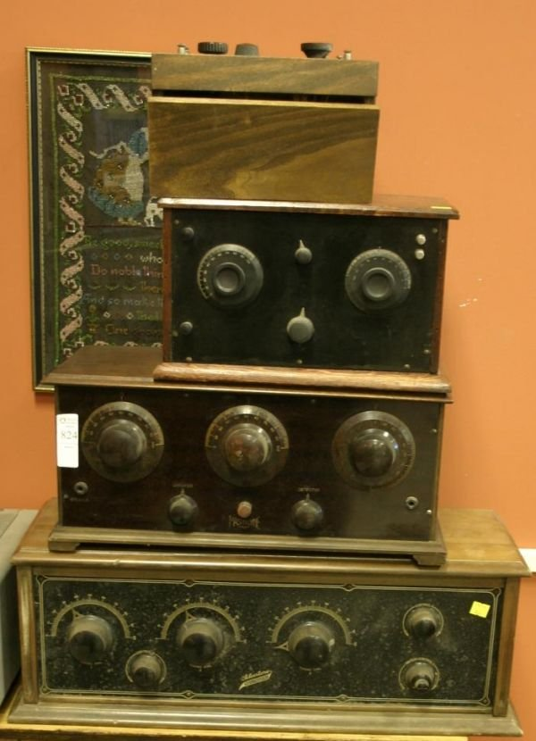 824: Lot of 5 vintage table receivers; Master dyme, 192