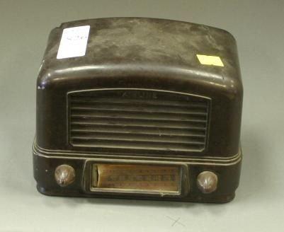 826: Lot of 3 vintage radios; Admiral 6Y18N, Airline 14