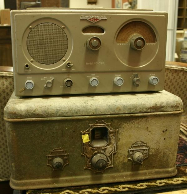 829: Lot of 5 vintage radios; Hammond 390, Knight Radio