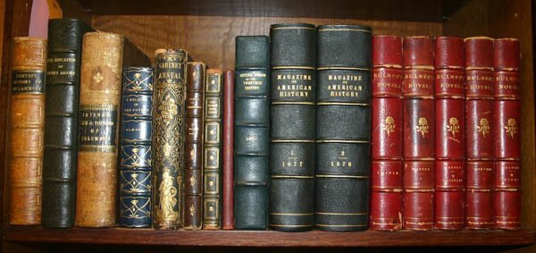 2023: 16 volumes in leather