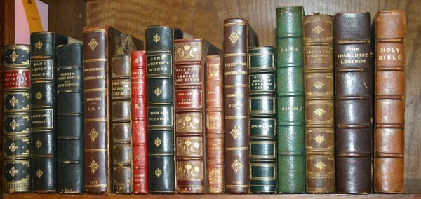 2024: 15 volumes in leather