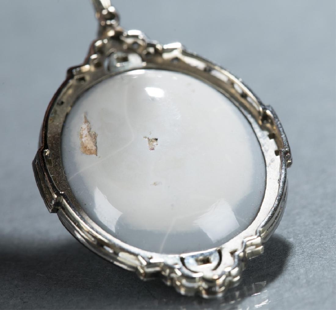 Art Deco opal & diamond pendant necklace. - 3
