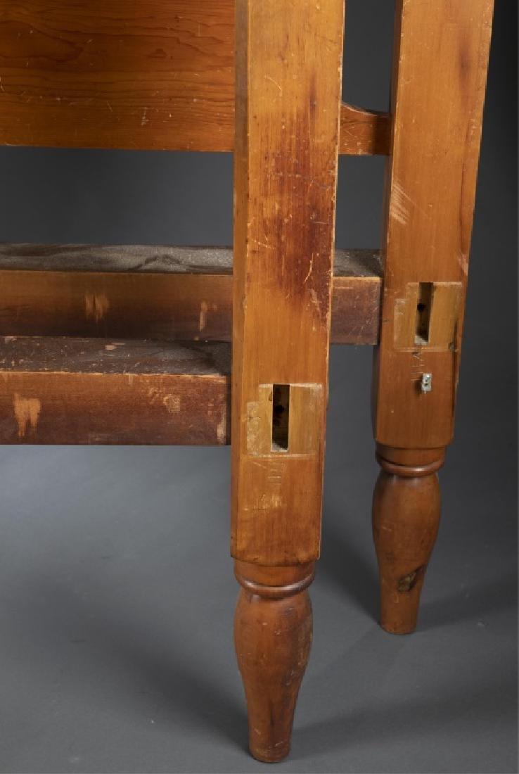 Civil War era, four-post carved bed frame, 19th c. - 4