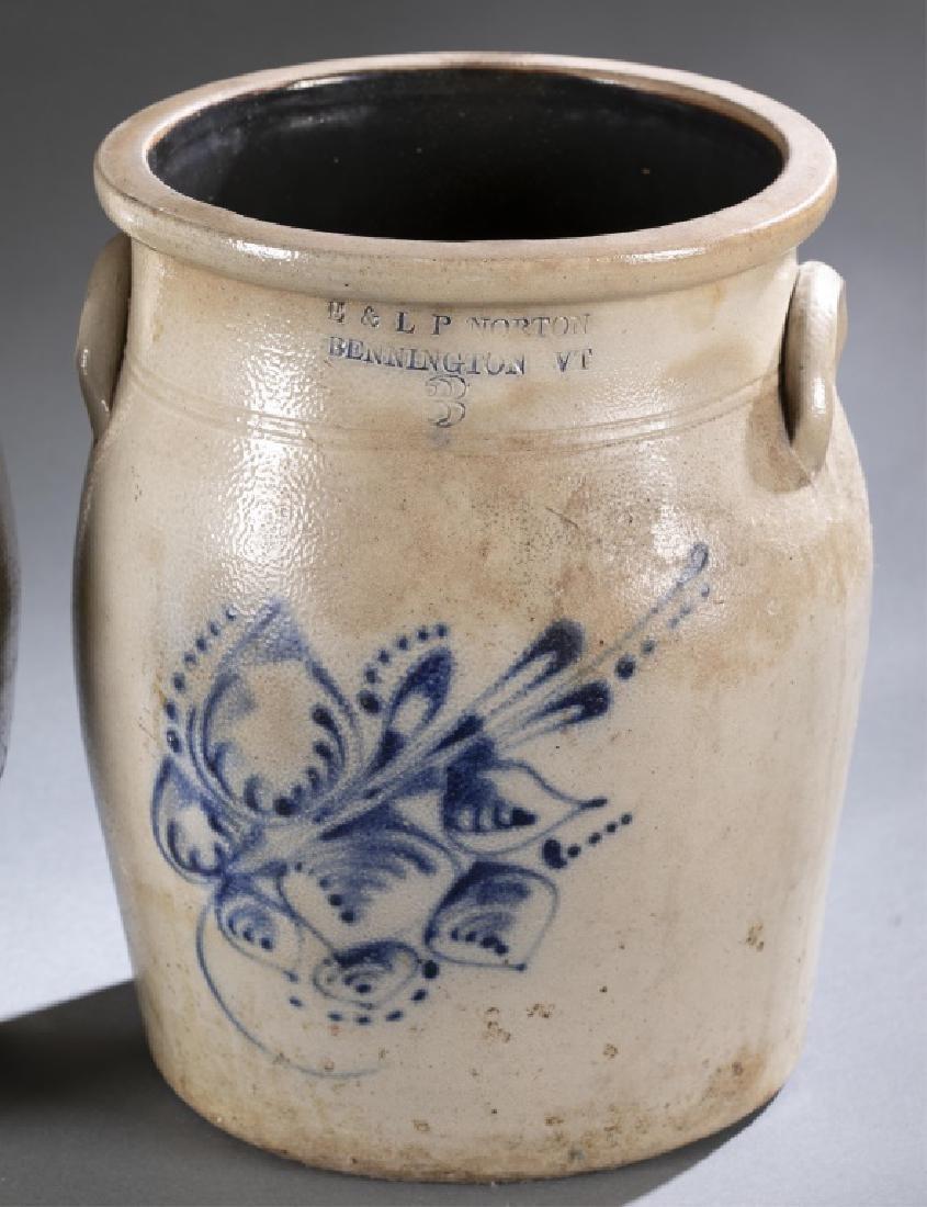 2 Stoneware Crock & Jug,19th century. - 2