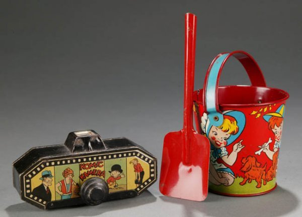 2001: Ohio Art Sand Pail & Komic Kamera Tin Litho Toys