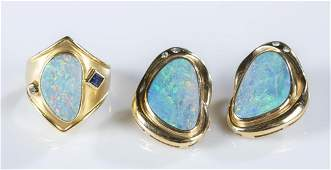 18k Opal ring  a pair of opal and gold earring
