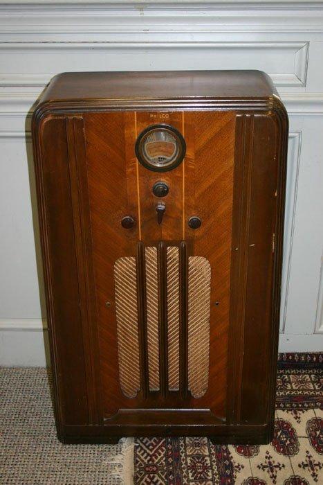 3003: Philco wood cased floor model radio. Has b