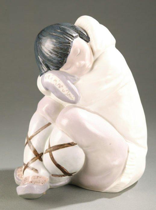 3007: Inuit ''Sleeping Child'' statue, Lladro. 1
