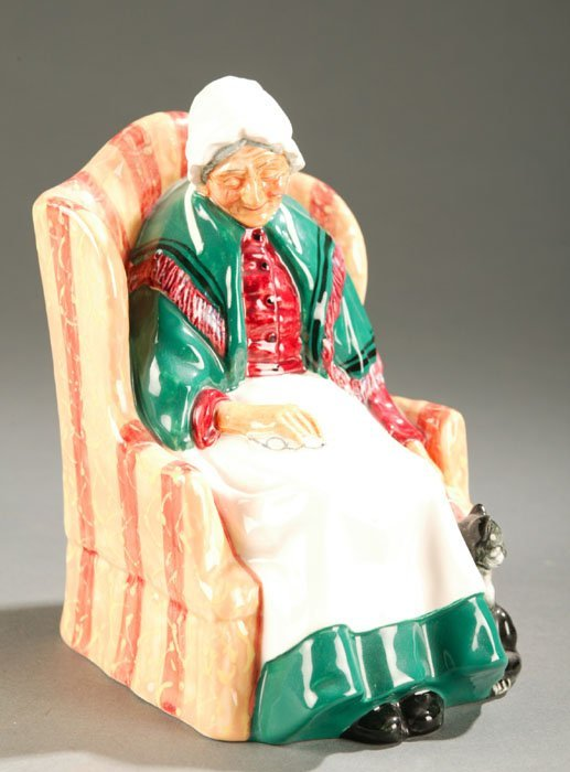 3020: Royal Doulton figure ''Forty Winks''.