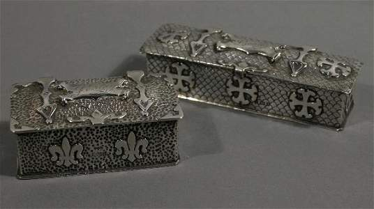 """150: Pair of Sterling dresser boxes, both with name """"L"""