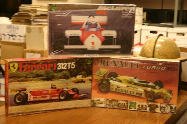 5055: Three Protar model kits. Protar, Ferrari 312