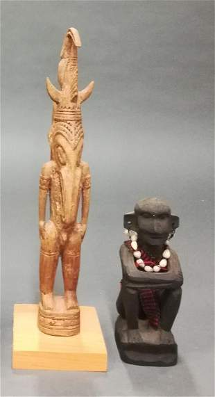 2 Figures from the South Pacific. 20th c.