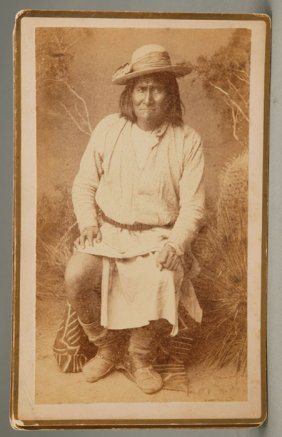 1259: 7 photos of Apaches (1885, nd). Includes Geronimo