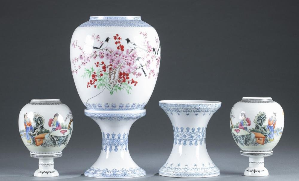 3 Jingdezhen Zhi porcelain lamps, 20th c.