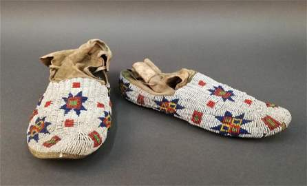 Sioux Moccasins, 1890-1910.