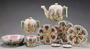 202: Majolica Etrucan Shell & Seaweed Pattern 7 pieces