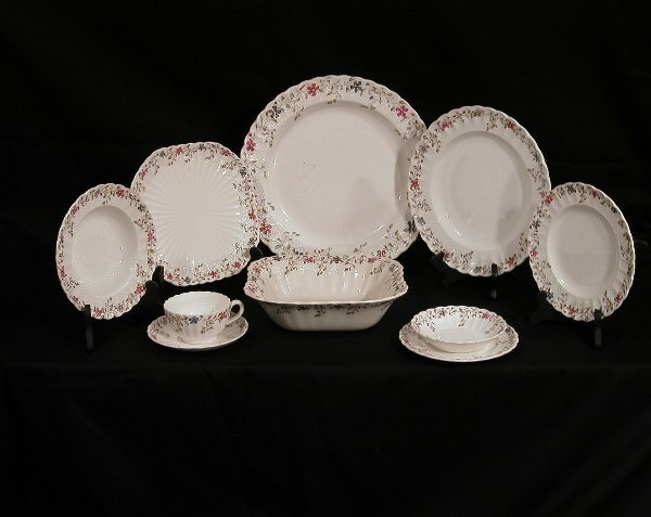008: Set of Copeland Spode Wicker Dale china.