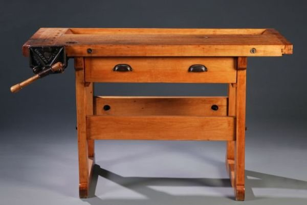 21: Oak woodworkers bench, with vice & single drawer,
