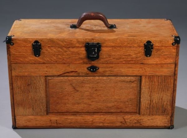 23: Oak 11-drawer machinists chest, Gerstner