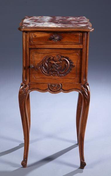 422: Louis XV style walnut pot cupboard