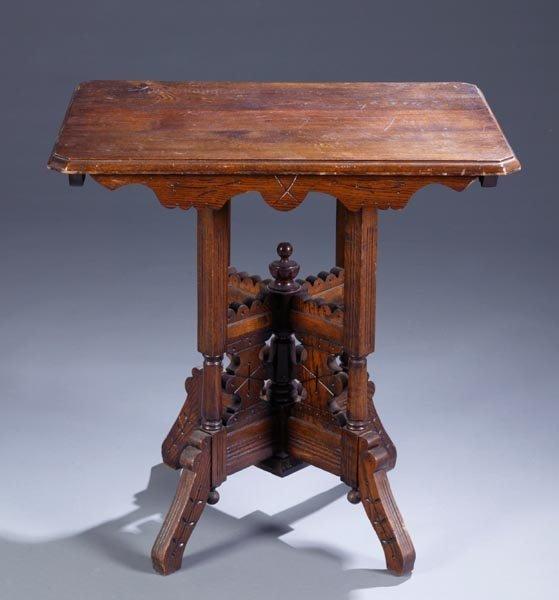 426: Oak Eastlake lamp table