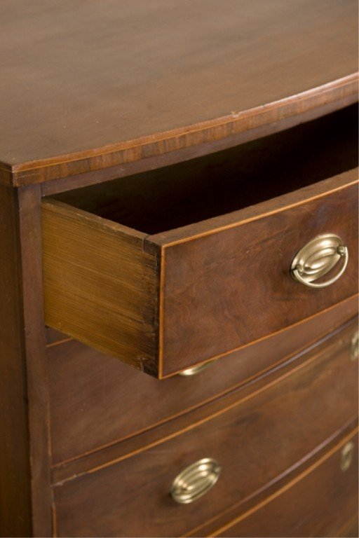 2: 4 drawer Federal chest of drawers c.1800. - 3