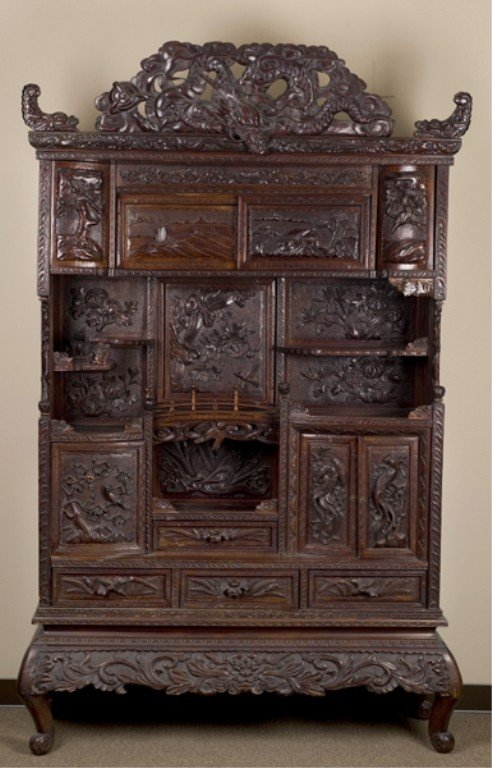 386: Chinese carved rosewood etagere, late 19th/20th c.