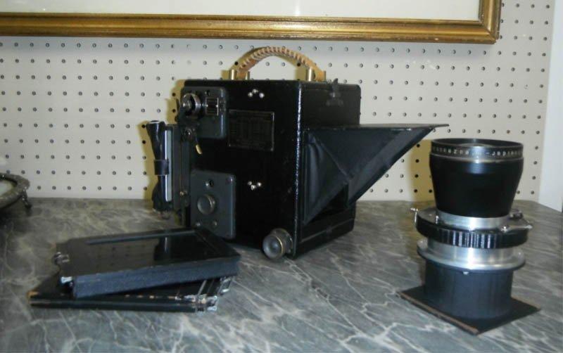 4: Graflex Series D camera, Schneider Kreuznach lens.