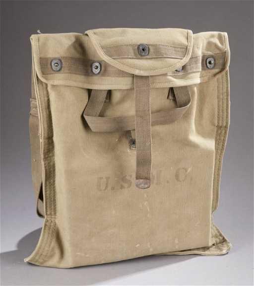 0771ba03dc 261  WWII era US Marine Corps canvas water bag.