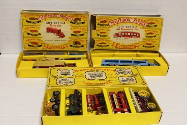 """3 gift sets of Lesney cars including """"Matchbox"""" series"""