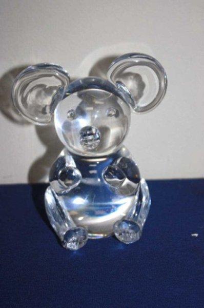 Art glass bear paperweight.