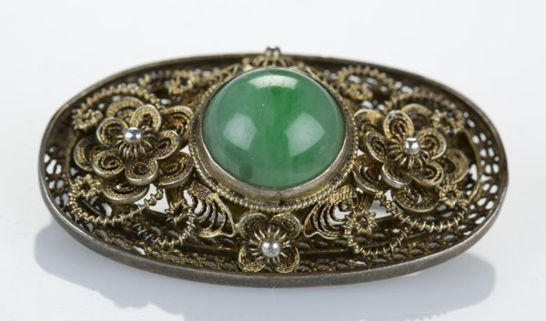 Silver Chinese made oval brooch/pendant w/ jade