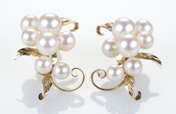 14KT yellow gold cluster pearl earrings, clip on