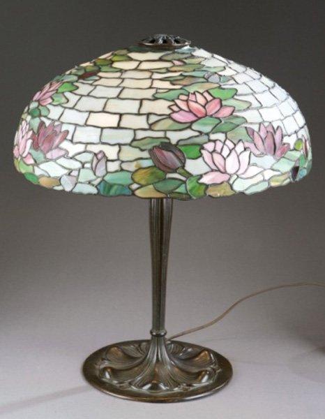 Duffner & Kimberly lily leaded glass lamp. Suess base.