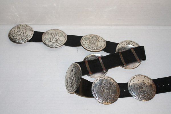 Sterling Navajo storyteller concho belt