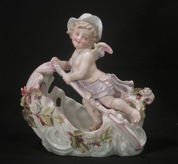 22: Continental porcelain console bowl with l