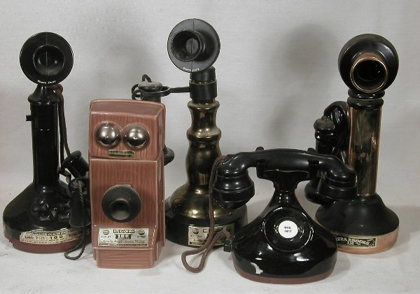 600: Collection of Five Telephone design Deca