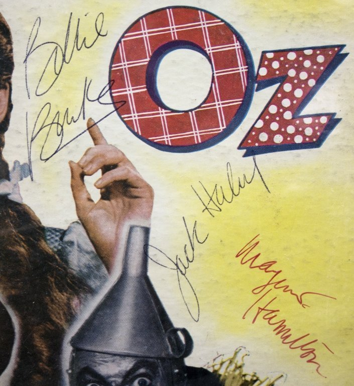 Signed by 6 actors: THE WIZARD OF OZ record album - 3