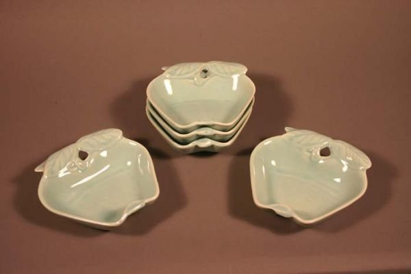 522: Set of 5 American-made apple dishes