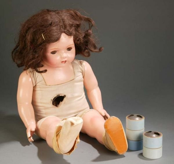 1020: Madame Hendren Dolly Reckord doll with 6 records.