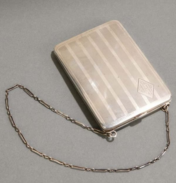 1346: Sterling silver compact purse by Elgin-American