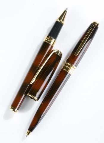 Group of 2 S.T. Dupont pens. - 3