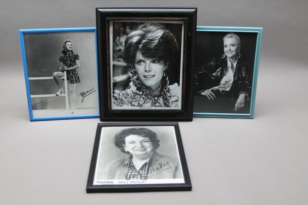 16 photos signed: Helen Hayes, Patty Duke, Neal... - 3