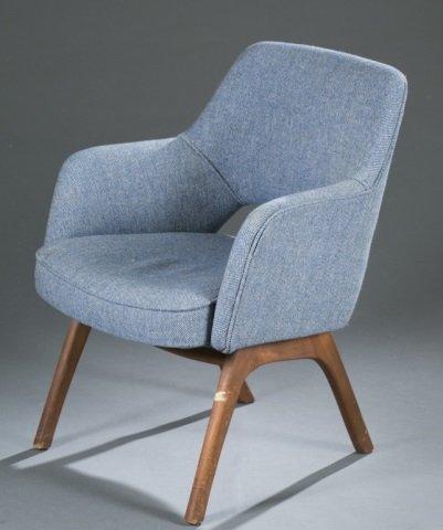 Mid-Century Modern fabric armchair. - 3