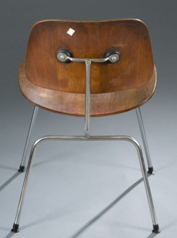 Eames DCM chair for Herman Miller. - 5