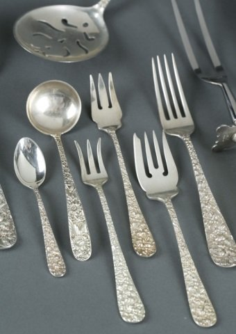 Stieff Sterling flatware,123 pcs. Handchased Rose. - 3