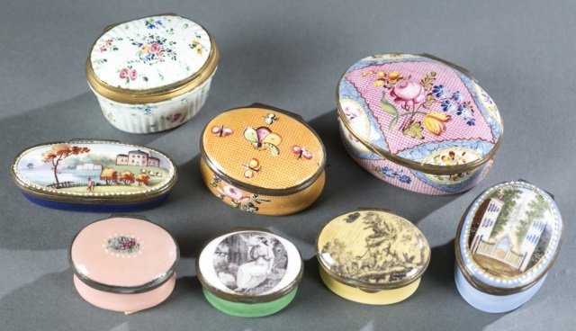 7 Bilston style patch / snuff boxes, 18th /19thc.