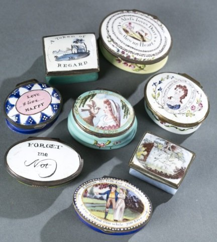 8 Bilston style patch / snuff boxes, 18th century.