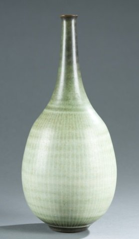 Harrison McIntosh studio pottery bottle vase. - 2